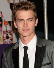 Hayden Christensen dressed in Richard Chai tux in New York at the 2010 CFDA Fashion Awards.