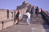 Hayden Christensen - hey bro let's climb the Great Wall ,come on.
